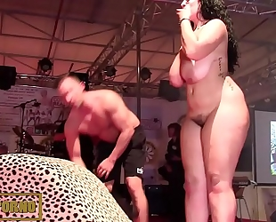 Bbw dark brown fucking large 10-Pounder on stage