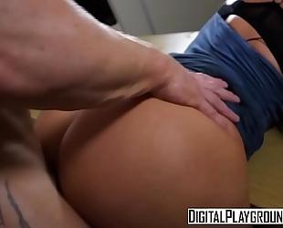 Xxx porn clip - the recent Married slut movie 1 (nicolette shea, luke hardy)