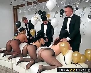 Brazzers.com - pornstars like it large - brazzers recent years eve party scene starring chanel preston, kris