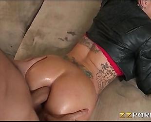 Bubble ass tattooed floozy christy mack analyzed with large wang