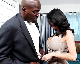 Veronica avluv pervert cheating wife loves large