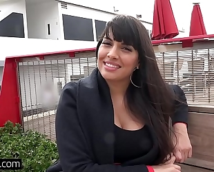 Bang real milfs - latin babe mercedes carrera gives a sloppy bj