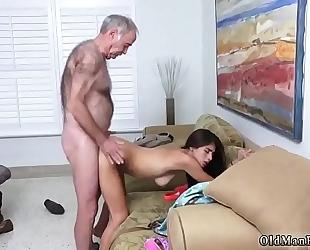 Raw dad poping pils!