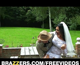 Busty brunette hair bride jasmine jae copulates the brother of the groom