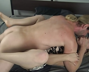 Son forces mama to fuck him - fifi foxx and schlong ninja