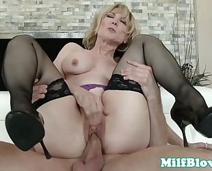 Cocksucking cougar pounded by hard knob