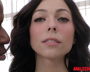 Busty anal hottie fucked right into an asshole by dark wang