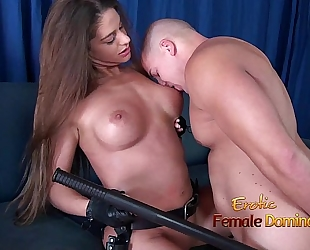 Girl in police uniform regulating a fellow by making him take up with the tongue her snatch