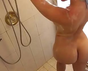 Anikka albrite shower livecam
