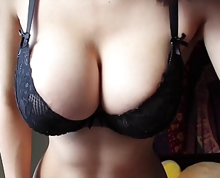 Webcam dirty slut wife playing with love bubbles - greater amount at aphroditecam.com