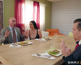Brazzers housewife seduced her husband's business partner