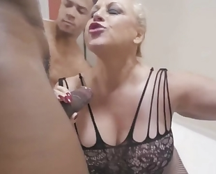 Chubby GILF in sexy lace outfit gets gang banged