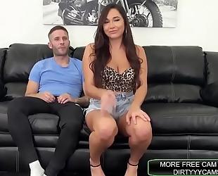 Pornstar swallows cum of friend! - dirtyyycams.com