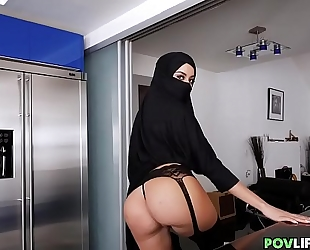 Sexy hijab dirty slut wife with curves fucked