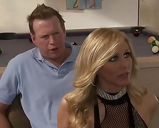 Sexy blonde disrobe white bitch threesome alexis texas and julia ann