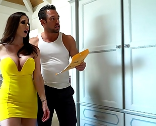 Kendra craving in a hardcore threesome